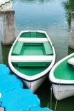 Bunte Rowboats stockfoto