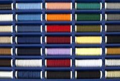 Bunte Sammlung II des Threads Stockfotos
