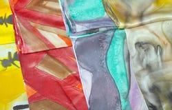 Bunte silk Schals lizenzfreies stockbild