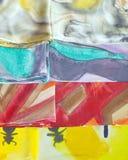 Bunte silk Schals stockbild