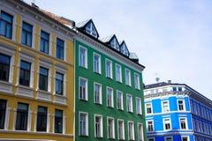Bunte skandinavische Gebäude Stockfotos