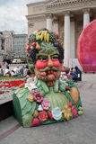Bunte Skulptur basiert auf Archimboldo-Malereien Stockfoto