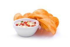 Bunte Soße und Chips Lizenzfreies Stockbild