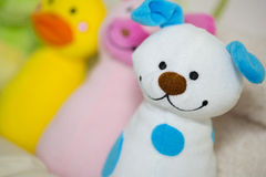 Bunte Spielwaren: Hund, Schwein, Ente Stockfotografie