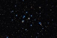 Bunte Sterne im nächtlichen Himmel Stockbilder