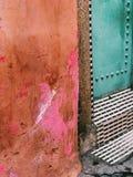 BUNTE STRASSE IN MARRAKESCH, MORROCO lizenzfreies stockfoto