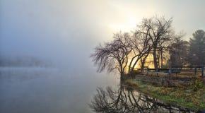 Bunte szenische Landschaft in HDR. Sonnenaufgang lizenzfreies stockbild