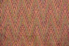 Bunte thailändische Seide handcraft peruanischen Artwolldecken-Oberflächenabschluß herauf mehr dieses Motiv u. mehr Textilperuani Stockfotografie