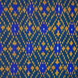 Bunte thailändische Seide handcraft peruanischen Artwolldecken-Oberflächenabschluß herauf mehr dieses Motiv u. mehr Textilperuani Lizenzfreie Stockfotografie