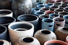 Bunte Vasen stockfotografie