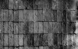 Bunte Ziegelsteine verzieren auf der Wand Stockbilder
