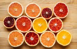 Bunte Zitrusfrucht von oben Stockfotografie