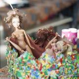 Bunte Zusammensetzung mit Barbie-Puppen Lizenzfreie Stockfotos