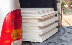 Bunten av gipsbrädet för konstruktion Royaltyfria Bilder