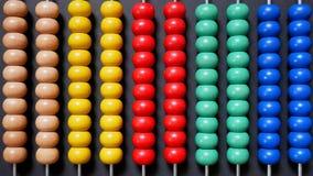 Bunter Abakus für das Mathe-Lernen Stockbild