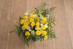 Bunter Blumenblumenstrauß Stockfotografie