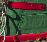 Bunter Bogen eines hölzernen Fischerbootes Lizenzfreie Stockfotografie
