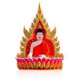 Bunter Buddha schnitzte vom Polystyrenschaum auf weißem Hintergrund Lizenzfreies Stockfoto