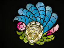 Bunter Crystal Peacock Feather Chandelier Lizenzfreies Stockfoto