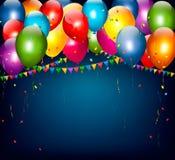 Bunter Feiertagshintergrund mit Ballonen und Konfettis Lizenzfreies Stockfoto