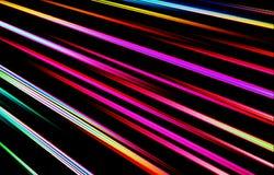Bunter heller Hintergrund Farbige Streifen laufen von der oberen Ecke abwärts auseinander Stockfoto