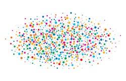 Bunter heller Regenbogen färbt runde Papiere der ovalen Wolkenkonfettis lokalisiert auf weißem Hintergrund Geburtstagsschablone Stockfotografie