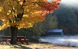 Bunter Herbst in Neu-England Lizenzfreie Stockfotos