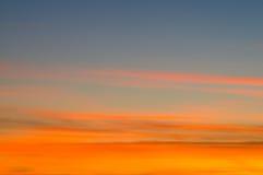 Bunter Himmel- und Wolkenhintergrund Lizenzfreies Stockbild