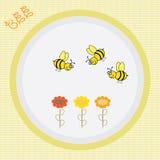 Bunter Hintergrund mit Blumen und Biene Stockfotos