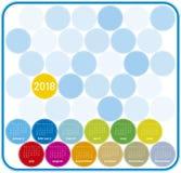 Bunter Kalender für Jahr 2018, auf englisch Anfänge am Sonntag Stockfotografie