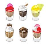 Bunter Kuchen im Glas, Vektor-Illustration Lizenzfreie Stockfotos