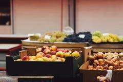 Bunter Lebensmittelgeschäfthintergrund Lizenzfreie Stockfotos