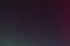 Bunter nächtlicher Himmel mit Sternen Stockbilder