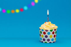 Bunter Party-kleiner Kuchen Stockfotos