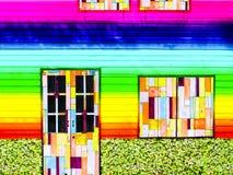 bunter Regenbogen der hölzernen Türfenster-Weinlese Lizenzfreie Stockbilder