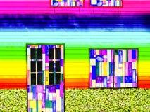 bunter Regenbogen der hölzernen Türfenster-Weinlese Stockfotografie