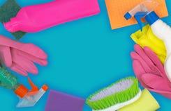 Bunter Reinigungssatz f?r verschiedene Oberfl?chen in der K?che, im Badezimmer und in anderen R?umen stockbilder