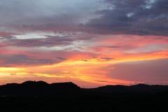 Bunter Sonnenuntergang Lizenzfreie Stockbilder