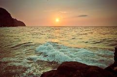 Bunter Sonnenuntergang lizenzfreie stockfotografie