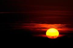 Bunter Sonnenunterganghintergrund Lizenzfreies Stockfoto