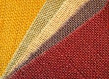 Bunter Textilhintergrund in der Diagonale Lizenzfreies Stockfoto