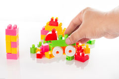 Bunter Toy Blocks Isolated auf Weiß Lizenzfreie Stockfotos