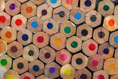 Bunter unsharpened Bleistifthintergrund Stockbild