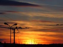 Bunter Wintersonnenuntergang in der Stadt Reines Foto Keine Photoshop-Korrektur stockbilder