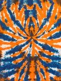 Buntes abstraktes Bindungs-Färbungs-Muster-Design-orange blaue Spinne lizenzfreie stockfotografie