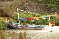 Buntes asiatisches Boot Stockbilder