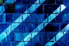 Buntes Backsteinmauermuster, gemalte Ziegelsteine als städtische Beschaffenheit Lizenzfreie Stockfotografie