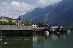 Buntes Dorf Hallstadtt stockfotografie