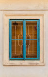 Buntes Fenster auf Altbau in Prag Lizenzfreie Stockfotos