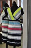 Buntes Frauenkleid Lizenzfreies Stockfoto